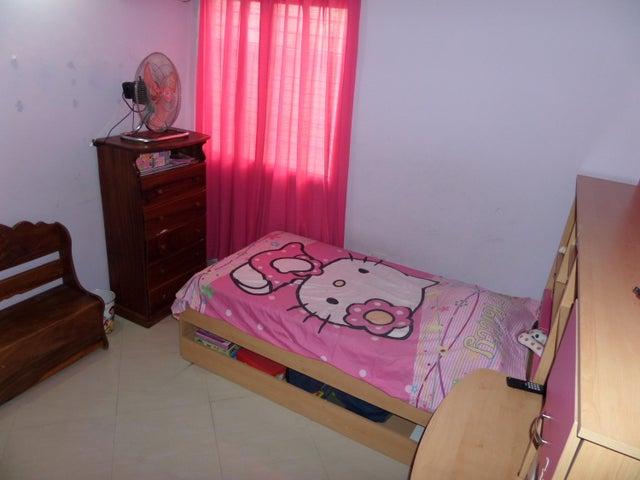 Townhouse Aragua>Maracay>Villas Ingenio II - Venta:60.000 Precio Referencial - codigo: 19-2692