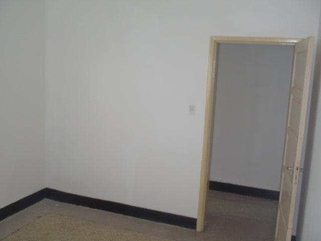 Apartamento Distrito Metropolitano>Caracas>San Bernardino - Venta:35.000 Precio Referencial - codigo: 19-2695
