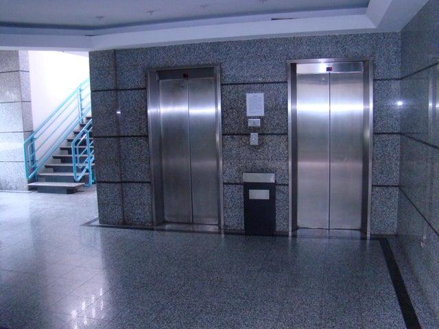 Local Comercial Distrito Metropolitano>Caracas>Sabana Grande - Venta:30.000 Precio Referencial - codigo: 19-2780