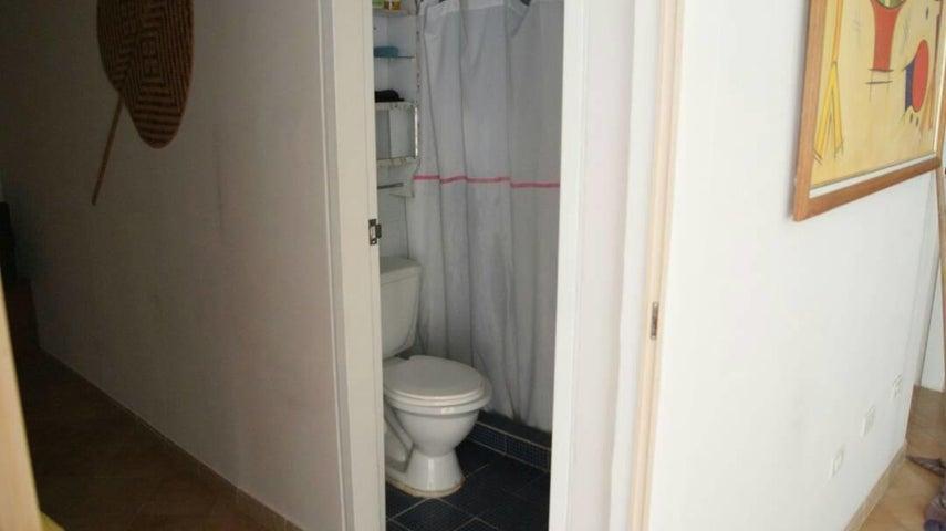 Apartamento Miranda>Rio Chico>Las Mercedes de Paparo - Venta:14.000 Precio Referencial - codigo: 19-2785