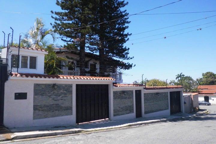 Casa Lara>Barquisimeto>Colinas De Santa Rosa - Venta:150.000 Precio Referencial - codigo: 19-2807