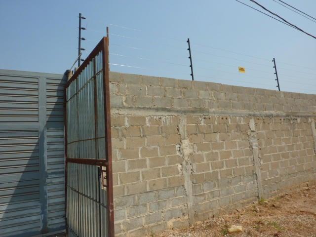 Terreno Zulia>Ciudad Ojeda>La N - Venta:1.900 Precio Referencial - codigo: 19-2950