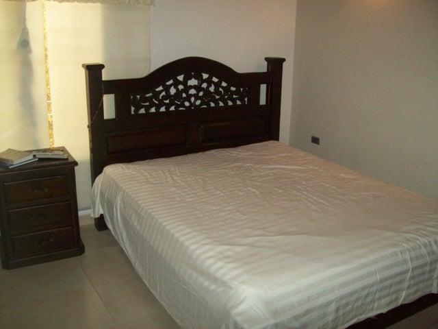 Townhouse Trujillo>Bocono>Via Bocono - Venta:32.000 Precio Referencial - codigo: 19-2952