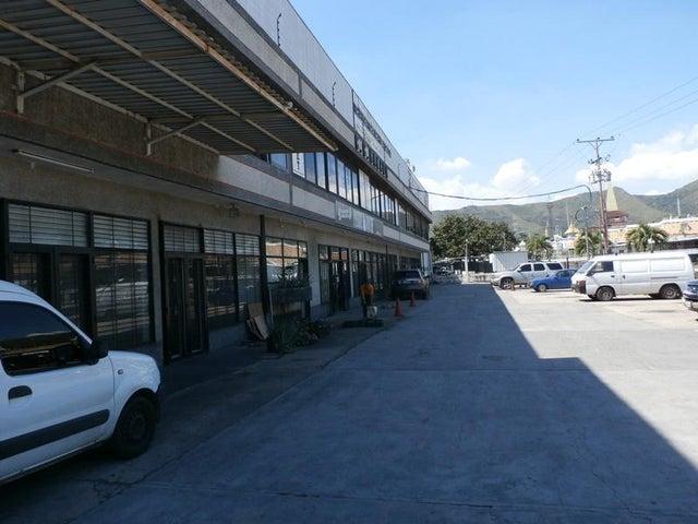 Galpon - Deposito Carabobo>Municipio San Diego>Castillito - Alquiler:700 Precio Referencial - codigo: 19-2960