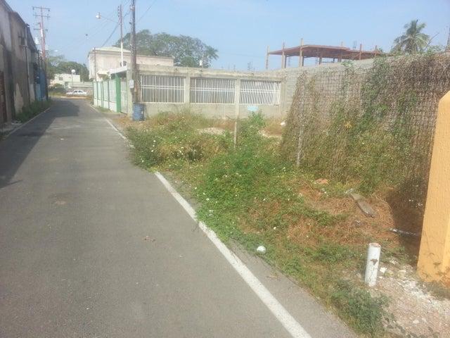 Terreno Zulia>Ciudad Ojeda>Campo Elias - Venta:2.800 Precio Referencial - codigo: 19-2962