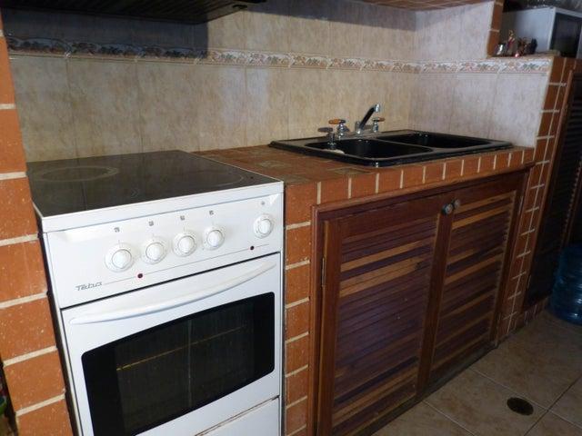 Casa Distrito Metropolitano>Caracas>Prados del Este - Venta:300.000 Precio Referencial - codigo: 19-2980