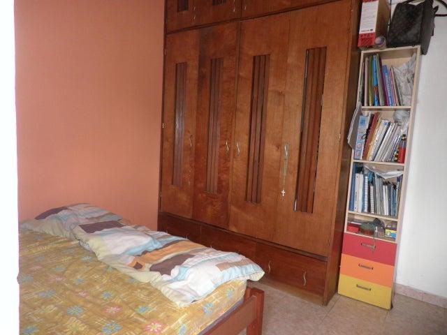 Townhouse Carabobo>Municipio Naguanagua>La Entrada - Venta:22.000 Precio Referencial - codigo: 19-3018