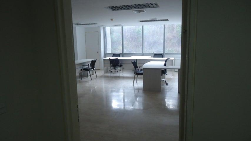 Oficina Distrito Metropolitano>Caracas>Macaracuay - Venta:150.000 Precio Referencial - codigo: 19-3005