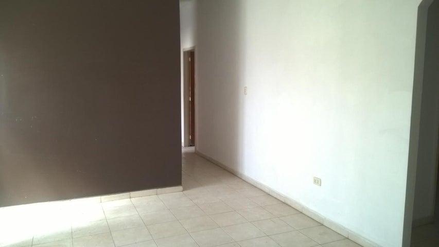 Casa Aragua>Palo Negro>El Orticeño - Venta:16.500 Precio Referencial - codigo: 19-3012