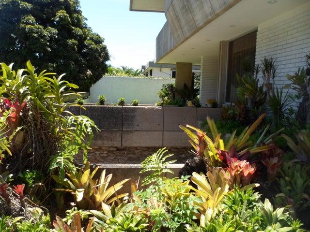 Casa Distrito Metropolitano>Caracas>Prados del Este - Venta:390.000 Precio Referencial - codigo: 19-3032