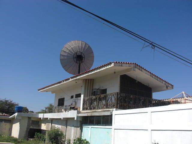 Casa Falcon>Coro>Sector Concordia - Venta:65.000 Precio Referencial - codigo: 19-3037