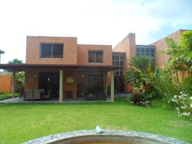 Casa Distrito Metropolitano>Caracas>Oripoto - Venta:300.000 Precio Referencial - codigo: 19-3049