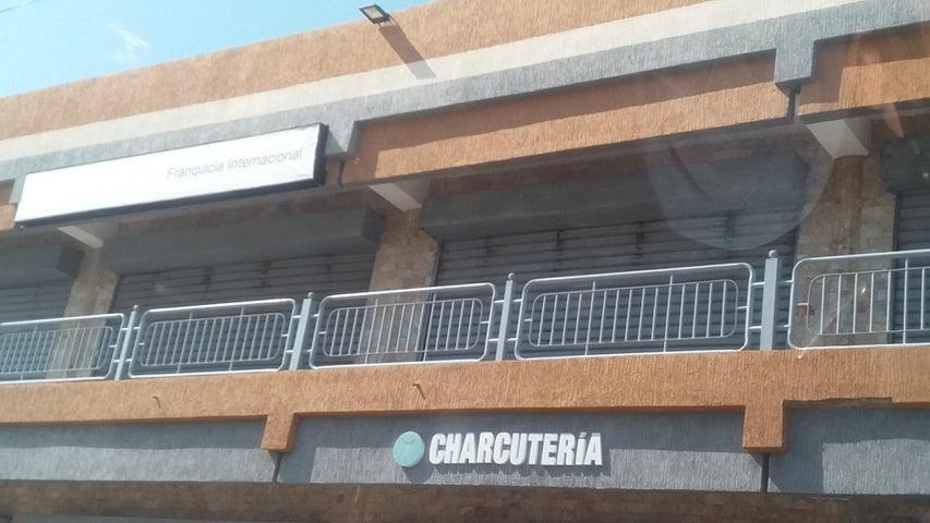Local Comercial Zulia>Ciudad Ojeda>Cristobal Colon - Alquiler:55 Precio Referencial - codigo: 19-3068