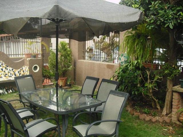 Casa Distrito Metropolitano>Caracas>La Florida - Alquiler:1.500 Precio Referencial - codigo: 19-3132
