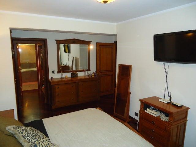 Apartamento Distrito Metropolitano>Caracas>Miranda - Venta:164.000 Precio Referencial - codigo: 19-3107