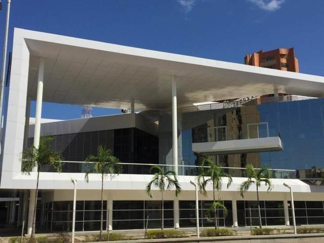 Local Comercial Zulia>Maracaibo>5 de Julio - Alquiler:750 Precio Referencial - codigo: 19-3110