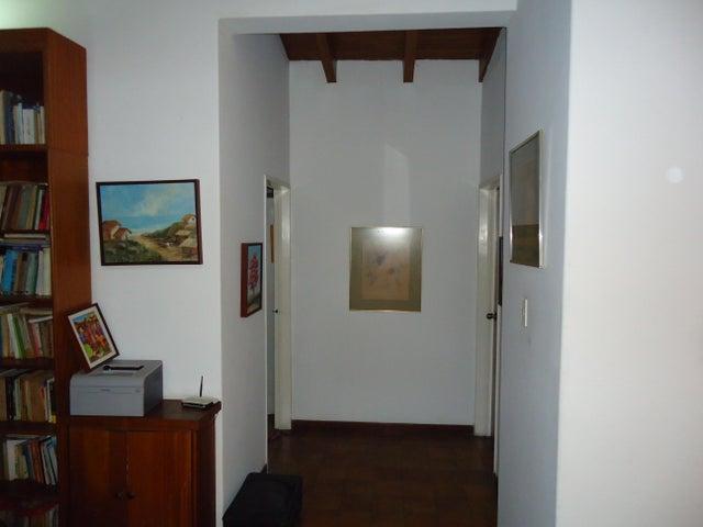 Townhouse Distrito Metropolitano>Caracas>Lomas de Prados del Este - Venta:245.000 Precio Referencial - codigo: 19-3124