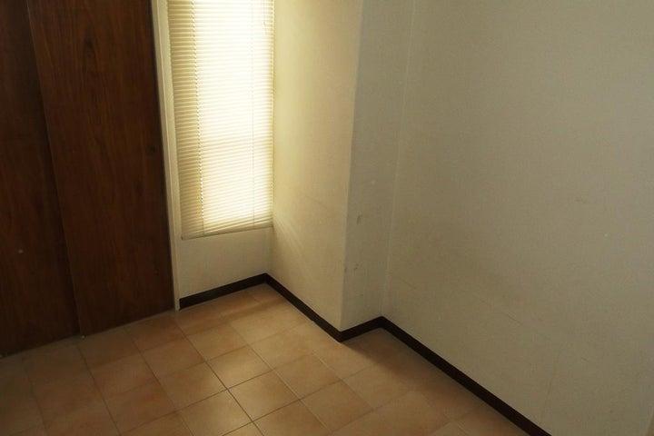 Apartamento Distrito Metropolitano>Caracas>Manzanares - Venta:60.000 Precio Referencial - codigo: 19-3133