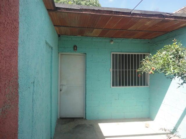 Casa Aragua>Santa Cruz de Aragua>Los Mangos - Venta:7.000 Precio Referencial - codigo: 19-3165