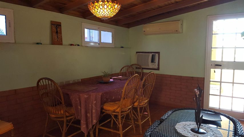 Casa Falcon>Coro>Sector Los Orumos - Venta:160.000 Precio Referencial - codigo: 19-5815