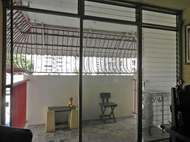 Apartamento Distrito Metropolitano>Caracas>El Marques - Venta:48.000 Precio Referencial - codigo: 19-3259