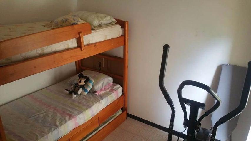 Apartamento Distrito Metropolitano>Caracas>Montalban III - Venta:45.000 Precio Referencial - codigo: 19-3317