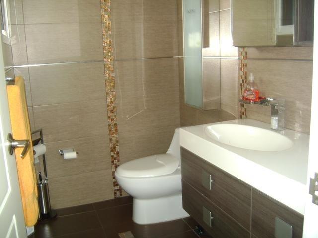 Casa Distrito Metropolitano>Caracas>Alto Prado - Venta:450.000 Precio Referencial - codigo: 19-3344