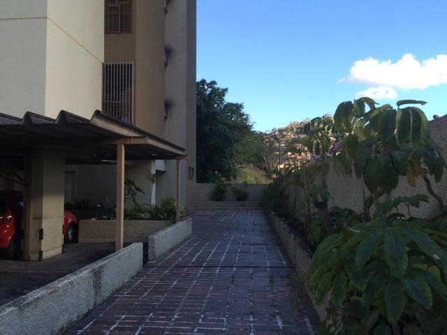 Apartamento Distrito Metropolitano>Caracas>Terrazas del Avila - Venta:75.000 Precio Referencial - codigo: 19-3409