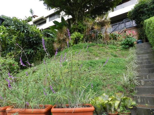 Townhouse Distrito Metropolitano>Caracas>Los Naranjos del Cafetal - Venta:218.000 Precio Referencial - codigo: 19-10597