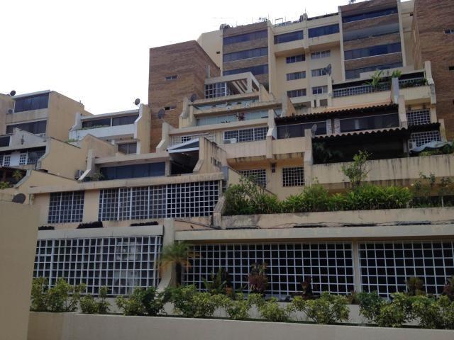 Townhouse Distrito Metropolitano>Caracas>Macaracuay - Venta:270.000 Precio Referencial - codigo: 19-3457