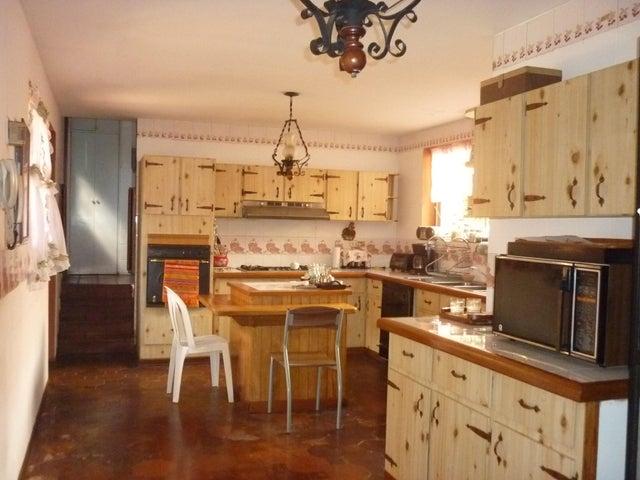 Casa Distrito Metropolitano>Caracas>El Marques - Venta:160.000 Precio Referencial - codigo: 19-3524