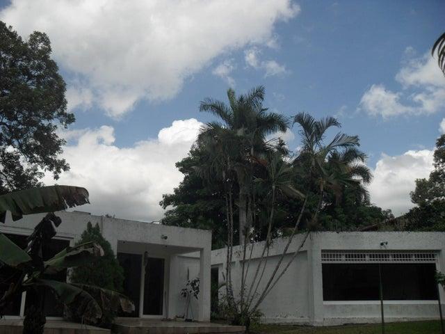 Casa Aragua>Maracay>El Castaño (Zona Privada) - Venta:120.000 Precio Referencial - codigo: 19-3489