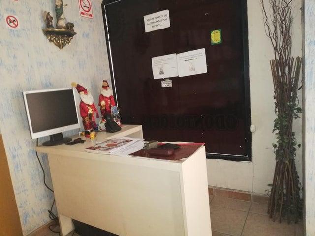 Local Comercial Lara>Cabudare>Parroquia Cabudare - Alquiler:30 Precio Referencial - codigo: 19-4038