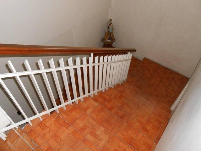 Casa Aragua>Maracay>El Castaño - Venta:45.000 Precio Referencial - codigo: 19-3624