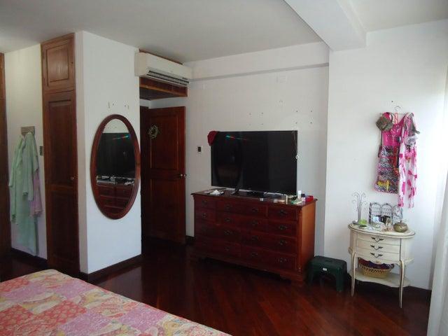 Apartamento Lara>Barquisimeto>El Parral - Venta:250.000 Precio Referencial - codigo: 19-3627
