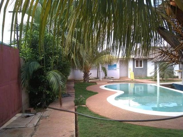 Casa Zulia>Maracaibo>Los Bucares - Venta:27.500 Precio Referencial - codigo: 19-3650