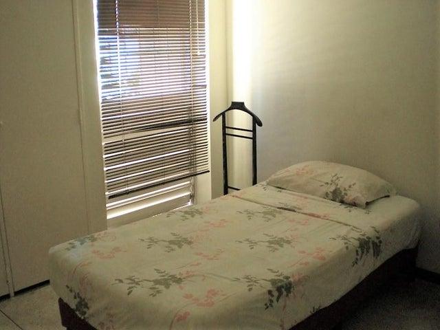 Apartamento Distrito Metropolitano>Caracas>Macaracuay - Venta:80.000 Precio Referencial - codigo: 19-3662