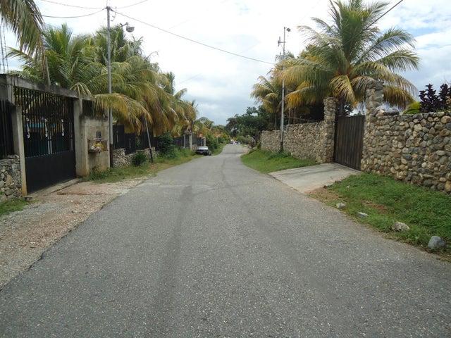 Casa Lara>Barquisimeto>El Manzano - Venta:28.000 Precio Referencial - codigo: 19-3666