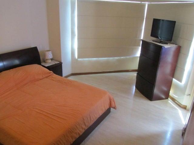 Apartamento Distrito Metropolitano>Caracas>El Rosal - Venta:130.000 Precio Referencial - codigo: 19-3673