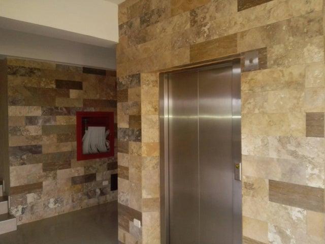 Apartamento Lara>Barquisimeto>Parroquia Santa Rosa - Venta:85.000 Precio Referencial - codigo: 19-3725