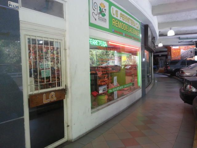 Local Comercial Carabobo>Valencia>Sabana Larga - Venta:30.000 Precio Referencial - codigo: 19-3865
