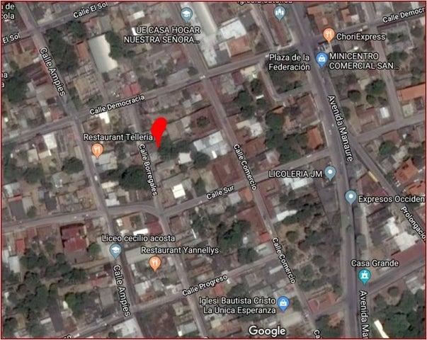 Terreno Falcon>Coro>Centro - Venta:6.000 Precio Referencial - codigo: 19-3898
