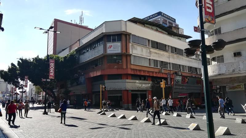 Local Comercial Distrito Metropolitano>Caracas>Sabana Grande - Venta:85.000 Precio Referencial - codigo: 19-3983