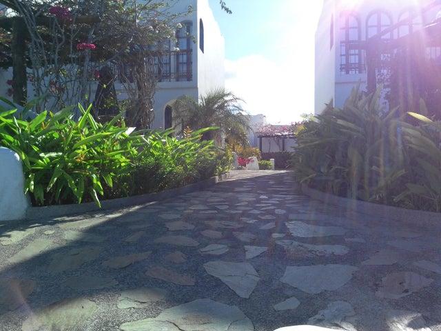 Casa Miranda>Higuerote>Puerto Encantado - Venta:160.000 Precio Referencial - codigo: 19-4003