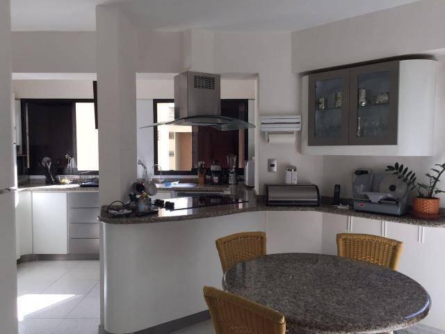 Apartamento Distrito Metropolitano>Caracas>Terrazas del Avila - Venta:180.000 Precio Referencial - codigo: 19-4014