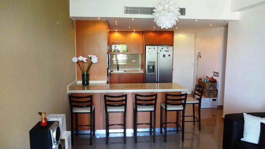 Apartamento Miranda>Higuerote>Puerto Encantado - Venta:80.000 Precio Referencial - codigo: 19-4075