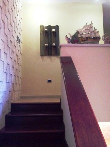 Casa Miranda>Higuerote>Puerto Encantado - Venta:210.000 Precio Referencial - codigo: 19-4085
