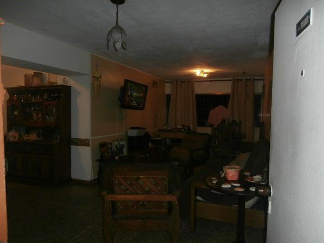 Apartamento Distrito Metropolitano>Caracas>Parroquia Santa Rosalia - Venta:25.000 Precio Referencial - codigo: 19-4122