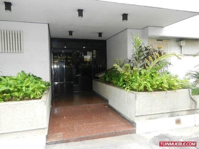 Local Comercial Distrito Metropolitano>Caracas>Sabana Grande - Venta:35.000 Precio Referencial - codigo: 19-4192