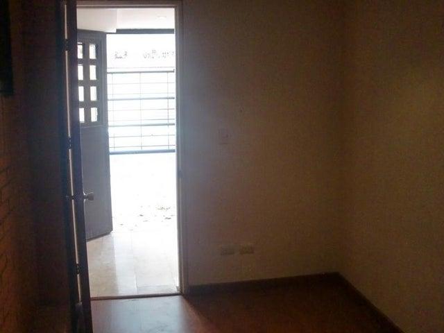 Apartamento Distrito Metropolitano>Caracas>La Campiña - Venta:55.000 Precio Referencial - codigo: 19-4219